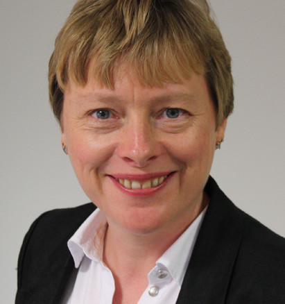 Angela_Eagle_Ministerial_portrait_cropped