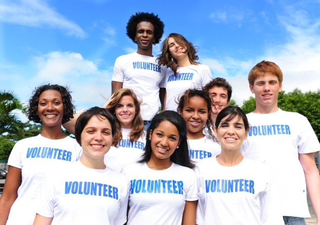 volunteering_76636672