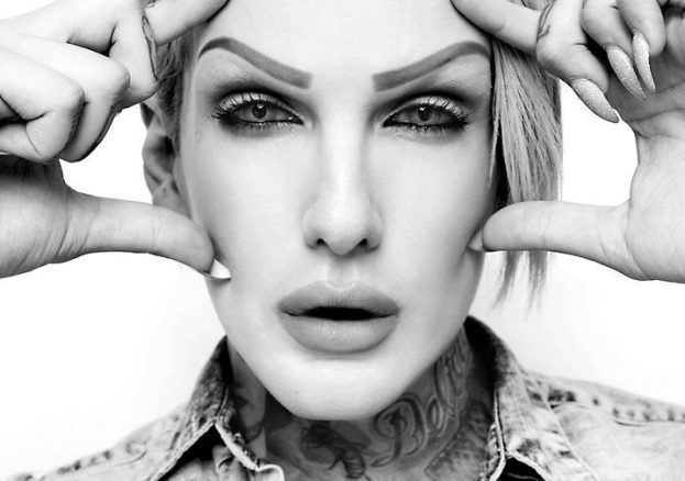 Fingers_Up_Jeffree
